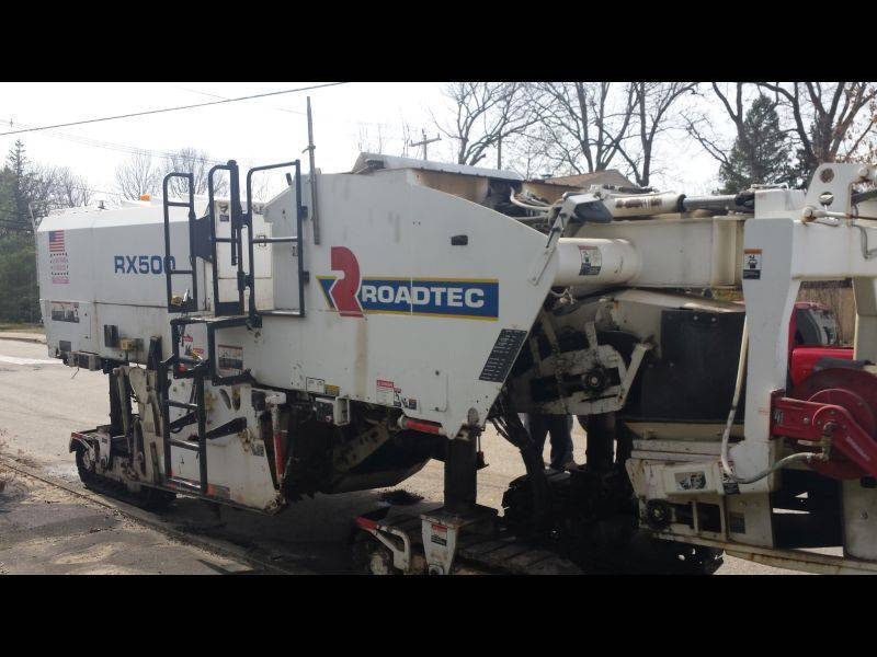 asphalt milling machine